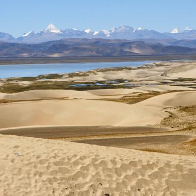 Sand dunes on road from Saga to Lake Manasarovar
